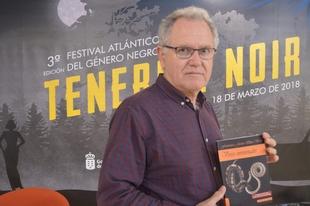 Francisco Javier Illán Vivas presenta su último trabajo literario, 'Versos envenenados'