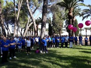 Cerca de 1.000 mayores celebran en el parque de la Alcazaba el Día Internacional de las Personas Mayores