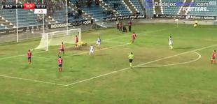 Épica victoria del CD Badajoz en el descuento ante el Don Benito
