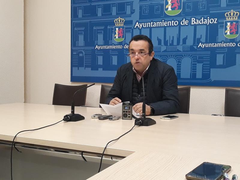 El aula 'Petirrojo' ofrece a colegios e institutos de Badajoz distintas actividades medioambientales