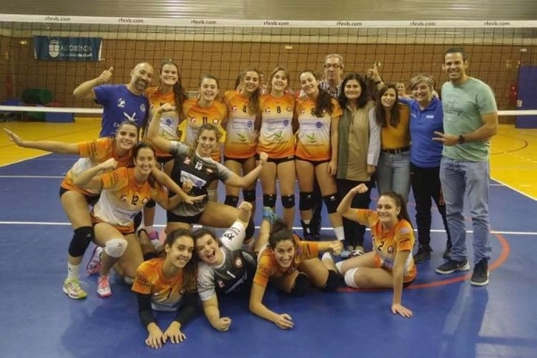 Remontada y victoria para el Senior femenino del AparthotelMM Badajoz