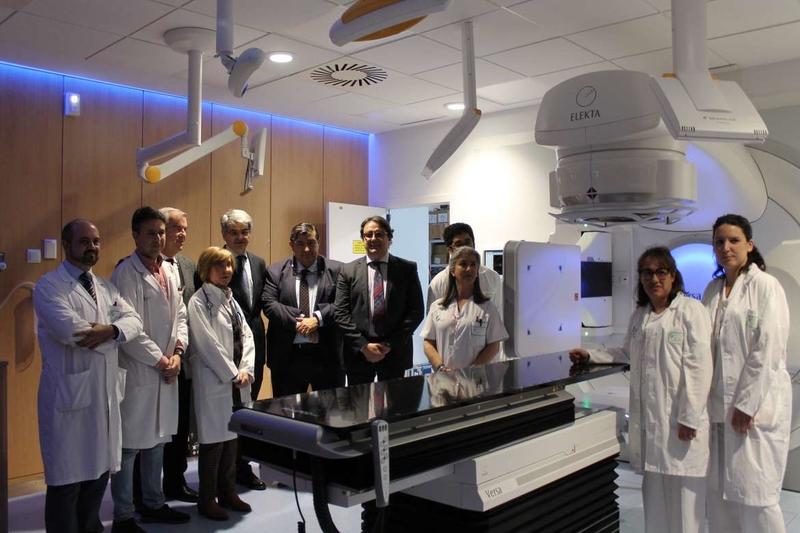 El nuevo acelerador de oncología radioterápica del Hospital Universitario de Badajoz ya está tratando pacientes