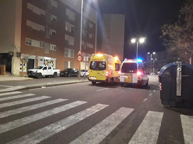 Una joven es atropellada en la avenida principal de Cerro Gordo