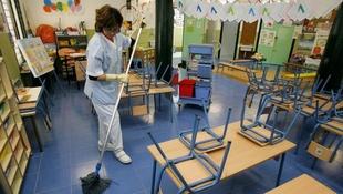 Los nuevos conserjes de los colegios son un ''verdadero despropósito'' para Badajoz Adelante