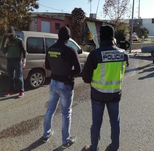 Detenidos los 7 integrantes de un grupo criminal dedicado al cultivo y tráfico de drogas en Badajoz