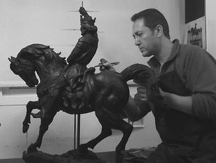 Exposición de obras del escultor extremeño Pablo Lapeña