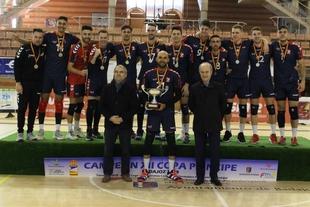 El CV Emevé retiene el cetro de la Copa Príncipe de Voleibol
