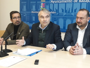 Fragoso no confía en la próxima licitación del desdoblamiento de la carretera de Sevilla