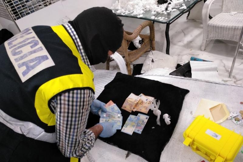 Desmantelado un punto de venta de droga del Casco Antiguo