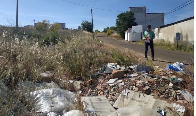 Cs Badajoz critica el riesgo de incendios que viven los vecinos de San Miguel, La Atalaya y san Roque