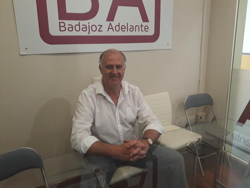 Un nuevo recuento de votos da otro concejal al PSOE y se lo quita a Badajoz Adelante