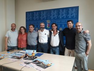Badajoz participa este sábado en una Cadena Humana que iluminará la Alcazaba