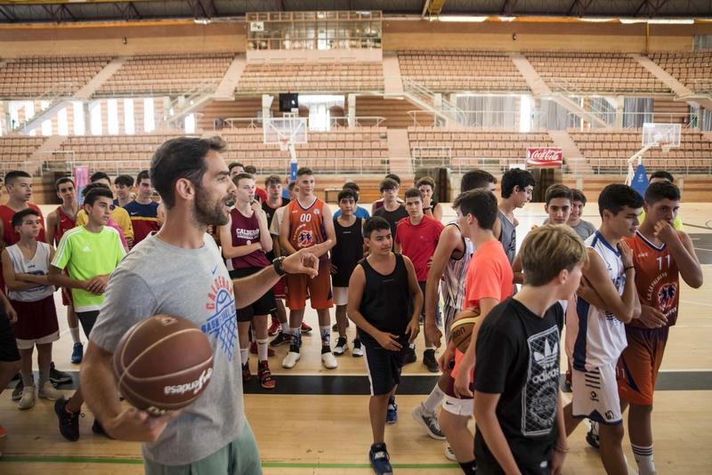 Cerca de 200 chicos disfrutarán del baloncesto hasta el sábado en el Campus Calderón 2019