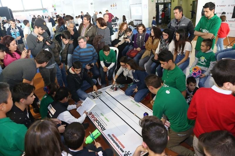 El colegio Lope de Vega de Badajoz representará a España en el Mundial de Robótica en China
