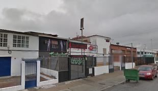 Un hombre de unos 30 años intoxicado al inhalar humo en un incendio en un club nocturno