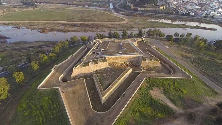 El acceso al Fuerte de San Cristóbal este sábado será libre aunque las plazas para las actividades estén agotadas