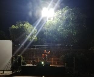 Jorge Navarro presentó su nuevo disco en el embarcadero