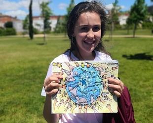 Una niña de Badajoz, ganadora del Concurso Nacional de Dibujo del Día del Voluntario de ''la Caixa''