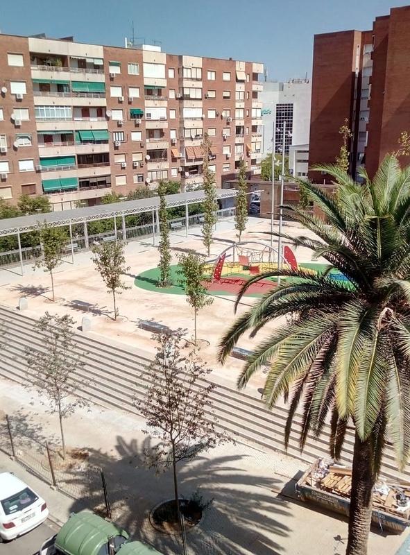 Las obras de la plaza de ''El Pirulo'' llevan retraso, según la asociación de vecinos de Santa Marina