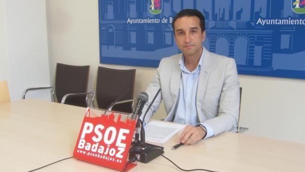 Para el PSOE , los vecinos del Casco Antiguo tienen razón y urge tomar medidas