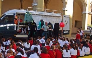 Jornada de Puertas Abiertas para centros docentes con motivo de la Festividad de la ''PATRONA DE LA GUARDIA CIVIL''