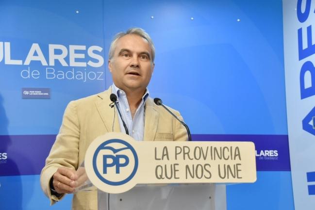 Fragoso renunciará a su escaño en la Diputación de Badajoz y al sueldo de alcalde una vez sea elegido senador