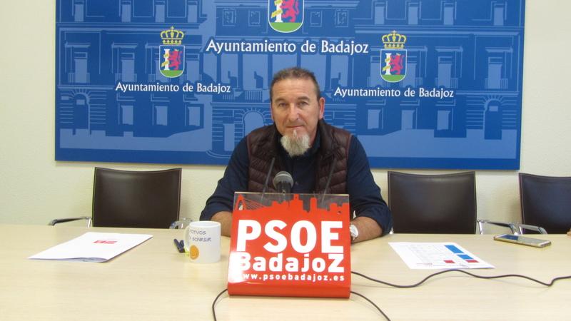 El PSOE ve imposible que empiece ya a funcionar la nueva unidad de policía local en el Casco Antiguo