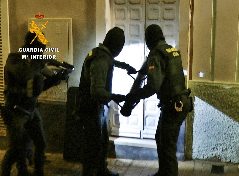 La Guardia Civil detiene a los integrantes de un grupo delictivo dedicados al tráfico de drogas en Badajoz
