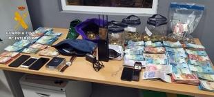 La Guardia Civil detiene a los autores de un robo perpetrado en un supermercado de Lisboa