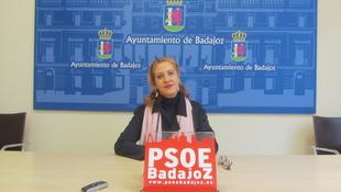 El PSOE pide que los 23 trabajadores de los parques del río no vayan al paro