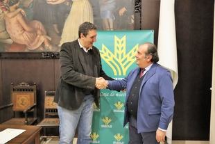 Caja Rural de Extremadura y la FMD firman un convenio de colaboración para el fomento de la actividad deportiva en Badajoz