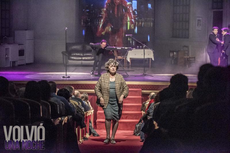 El  teatro López de Ayala recibe el viernes 17 de enero la obra de teatro escrita por Eduardo Rovner 'Volvió una noche'