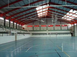 El pabellón Juancho Pérez acogerá si hubiera contagios, a los ''sin techo'' que están actualmente en Las Palmeras