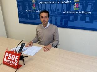 Cabezas pide a Fragoso ''hablar menos y trabajar más por la hostelería y el comercio''
