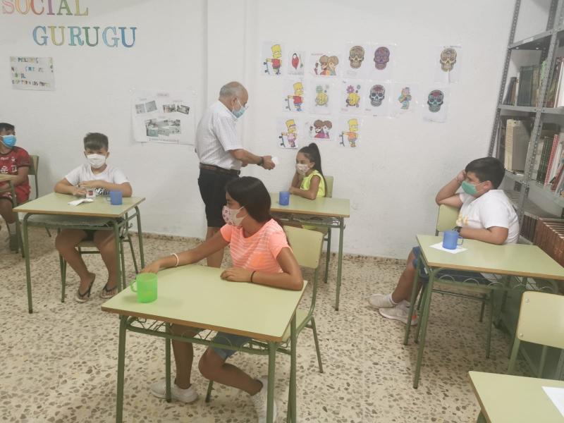 Un total de 45 niños se benefician este verano del Comedor Social del Gurugú