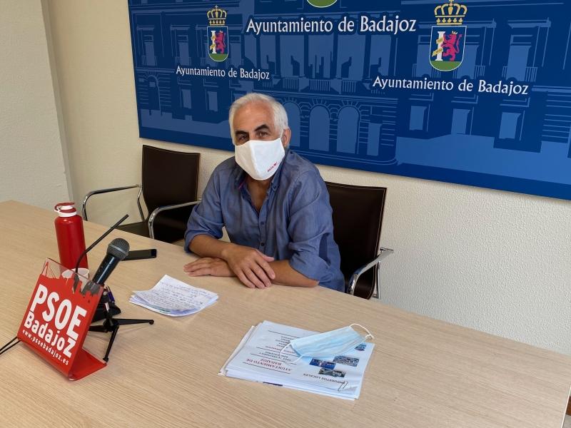 El PSOE de Badajoz propone reducir los impuestos en ocho millones de euros