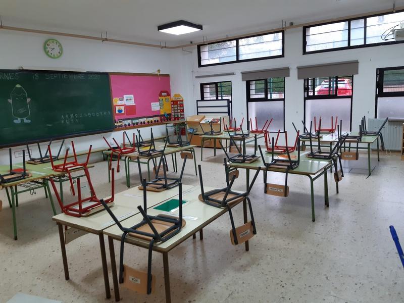 Confinadas cinco aulas pertenecientes a los colegios Sagrada Familia, Ciudad de Badajoz, Puente Real, IES Zurbarán y en el Centro Los Ángeles