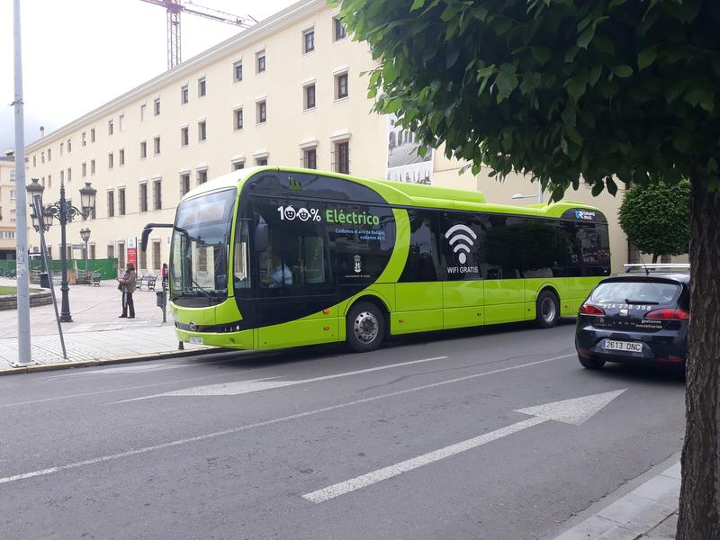 Los autobuses de Badajoz que van a la Universidad destacan por su mayor  fluidez
