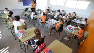 Continúa la reapertura de clases tras superarse los periodos de aislamiento