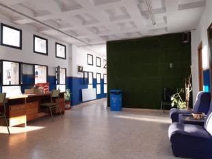 Los colegios Santo Ángel y Luis de Morales confinan una de sus aulas