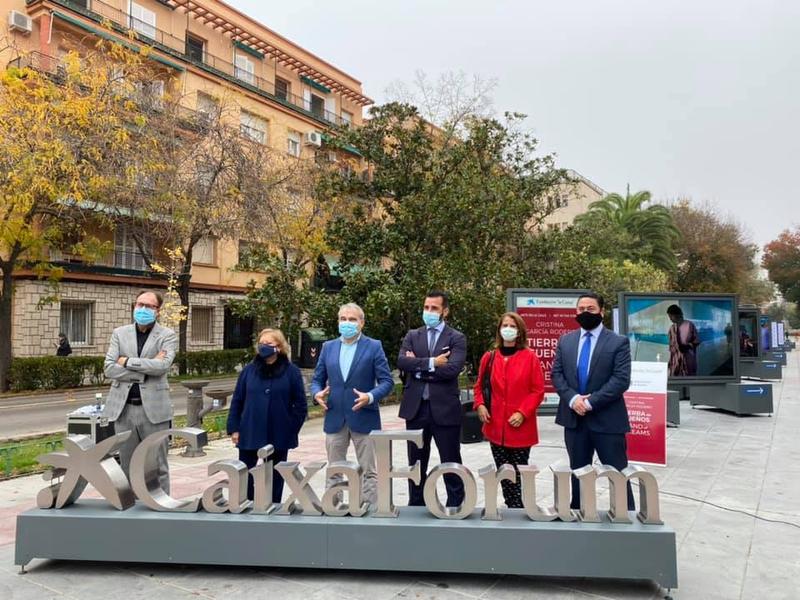 Badajoz muestra la exposición 'Tierra de sueños. Cristina García Rodero'