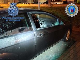 Policía Nacional y Local detienen a dos hombres por robar en el interior de varios vehículos