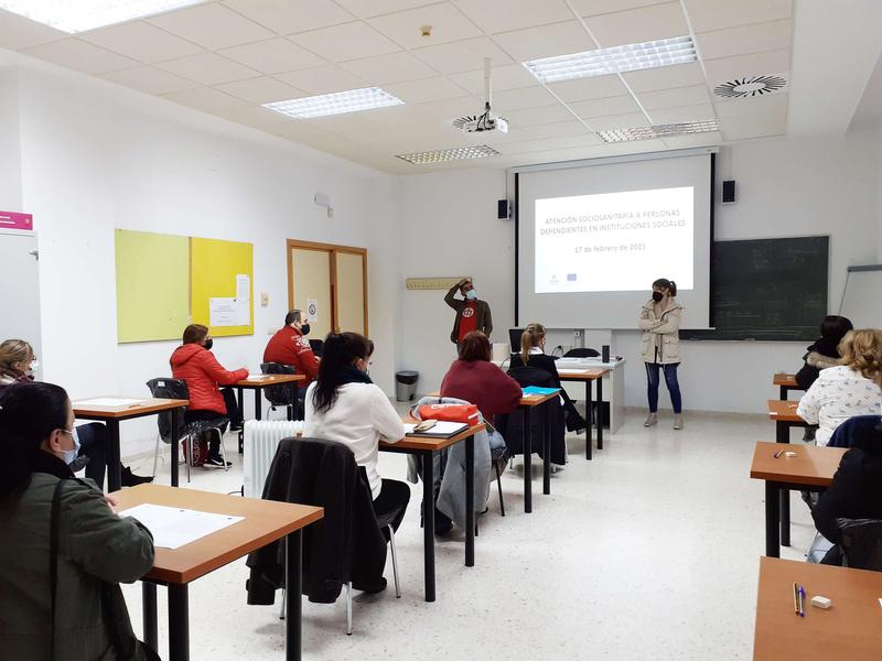 Comienza una nueva edición del curso de formación ocupacional de atención sociosanitaria