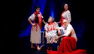 Paco Mora trae a Badajoz este domingo un espectáculo creado desde la crudeza más absoluta del Alzheimer