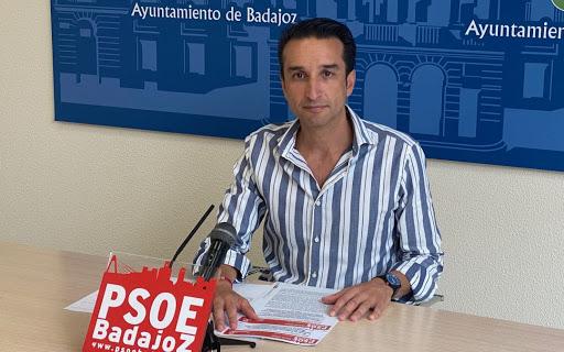 El PSOE de Badajoz no acudirá a la inauguración de la estatua de Celdrán