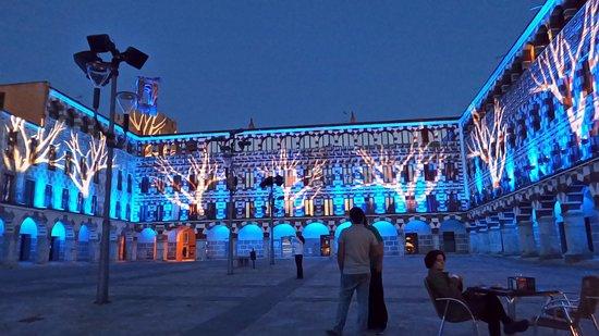 Los monumentos más emblemáticos de la ciudad se iluminarán de turquesa el próximo lunes, 14 de junio