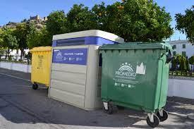El Ayuntamiento de Badajoz remitirá 65.000 cartas a los pacenses con imanes para un correcto uso de los contenedores