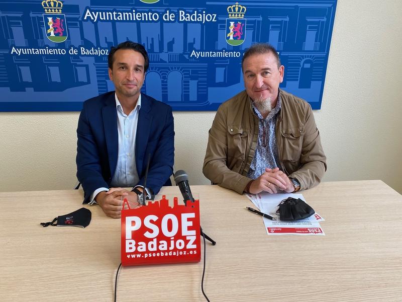 El PSOE, preocupado por el ''caos circulatorio'' en el partido del CD Badajoz